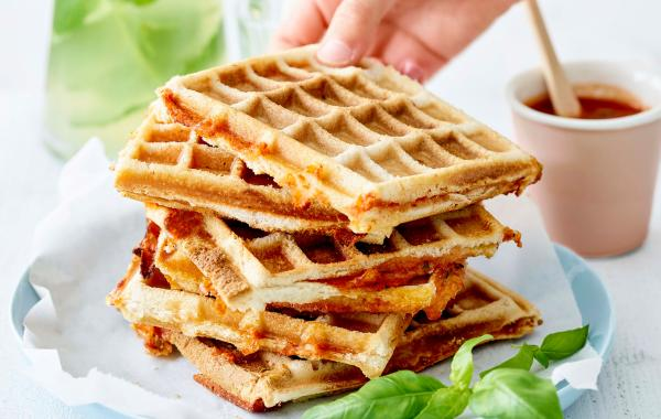 Wafelpizza, pizza, wafel, saus, tomatensaus, kaas, kids, spar.be