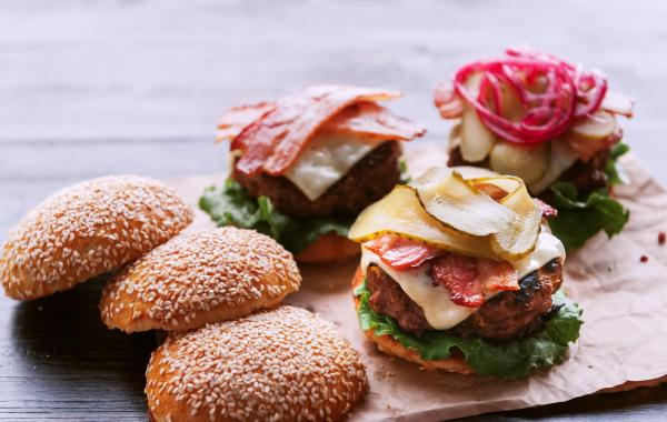 Homemade, Cheeseburger, Hamburger, Kaas, Cheesy, Fastfood, Comfort food, spar.be