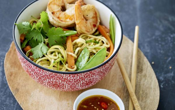 courgetti, courgette, scampi, koriander, Oosters, Wok, Vis, spar.be