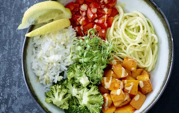 courgette, courgetti, pompoen,paprika, broccoli, rijst, waterkers,  Oosters, Happybowl, wok,spar.be