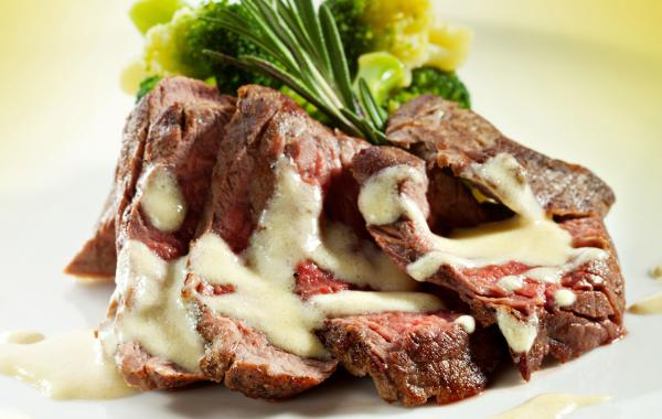 Filet mignon met Gorgonzolasaus en gestoomde groenten, Filet Mignon, Gorgonzola, SPAR.be