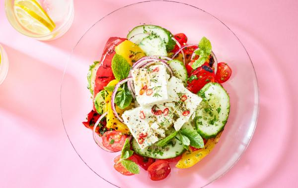 Feta, salade, grieks, foodie, lunch, kaas, barbecue, bbq, veggie, vegetarisch, spar.be