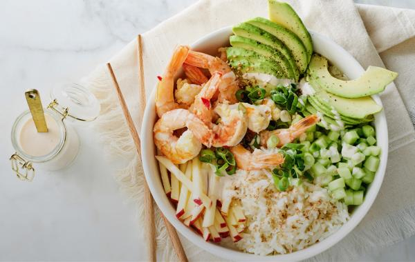 pokébowl, rijst, oosters, scampi, vis, avocado, salade, fris, powerfood, healthy, spar.be